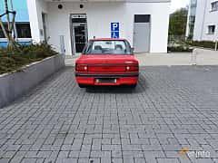 Back of Mazda 323 Sedan 1.3 Manual, 73ps, 1994