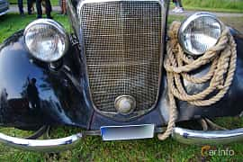 Close-up of Mercedes-Benz 170 V 4-door Sedan  Manual, 38ps, 1950 at Onsdagsträffar på Gammlia Umeå 2019 vecka 35