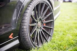 Närbild av Mercedes-Benz C 63 AMG 6.3 V8 7G-Tronic, 487ps, 2010 på Autoropa Racing day Knutstorp 2018