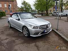 Fram/Sida av Mercedes-Benz E 250 CDI Cabriolet BlueEFFICIENCY  5G-Tronic, 204ps, 2011