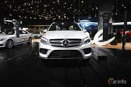 Fram av Mercedes-Benz GLE 500 e 4MATIC 3.0 V6 4MATIC 7G-Tronic Plus, 442ps, 2017 på North American International Auto Show 2017