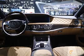 Interiör av Mercedes-Benz Maybach S 500 4Matic 4.6 V8 4MATIC 7G-Tronic Plus, 455ps, 2017 på North American International Auto Show 2017