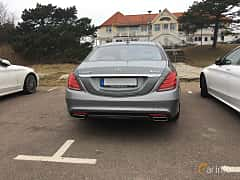 Back of Mercedes-Benz S 500 4MATIC 4.6 V8 4MATIC 7G-Tronic Plus, 455ps, 2015