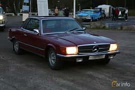Front/Side  of Mercedes-Benz 350 SLC  Automatic, 195ps, 1973 at Kungälvs Kulturhistoriska Fordonsvänner  2019 Torsdag vecka 35
