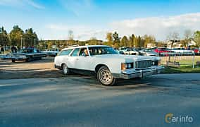 Front/Side  of Mercury Marquis Colony Park 7.5 V8 Automatic, 223ps, 1976 at Wheelers Cruising, Vetlanda 2019