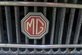 Close-up of MG MGB Roadster 1.8 Manual, 95ps, 1970 at Billesholms Veteranbilsträff 2019 augusti