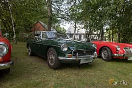 Front/Side  of MG MGB Roadster 1.8 Manual, 95ps, 1970 at Billesholms Veteranbilsträff 2019 augusti