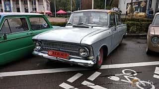 Front/Side  of Moskvitch 408 Sedan 1.4 Manual, 50ps, 1971 at Old Car Land no.2 2018
