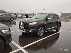 Front/Side  of Nissan Qashqai 2.0 4x4 Manual, 141ps, 2011