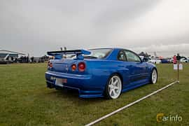 Bak/Sida av Nissan Skyline GT-R Coupé 2.6 4WD Manual, 280ps, 1999 på Vallåkraträffen 2019