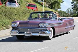 Front/Side  of Oldsmobile Ninety-Eight Convertible Coupé 6.1 V8 Hydra-Matic, 309ps, 1958 at Cruising Lysekil 2019