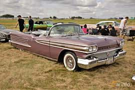 Front/Side  of Oldsmobile Ninety-Eight Convertible Coupé 6.1 V8 Hydra-Matic, 309ps, 1958 at Power Big Meet 2017