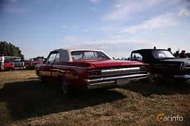 Bak/Sida av Oldsmobile Cutlass Convertible 5.4 V8 Automatic, 264ps, 1964 på Tisdagsträffarna Vikingatider v.21 / 2018