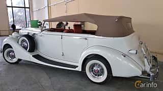 Back/Side of Packard Twelve 1508 Convertible Sedan 7.8 V12 Manual, 177ps, 1937 at Old Car Land no.2 2018