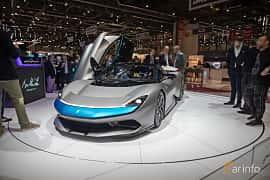 Fram/Sida av Pininfarina Battista 120 kWh AWD Single Speed, 1903ps, 2020 på Geneva Motor Show 2019