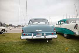 Back of Plymouth Savoy 4-door Sedan 3.6 Manual, 102ps, 1954 at Veteranbilsträff i Vikens hamn  2019 Maj