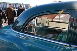Close-up of Pontiac Chieftain 4-door Sedan 3.9 Hydra-Matic, 94ps, 1949