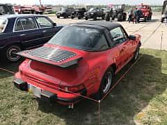 Back/Side of Porsche 911 Carrera Targa 3.2 H6 Manual, 217ps, 1989 at Old Car Land no.1 2017