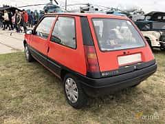 Back/Side of Renault 5 3-door 1986 at Old Car Land no.2 2019