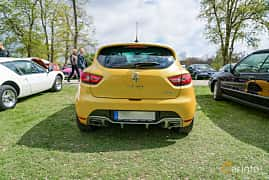 Back of Renault Clio RS 1.6 TCe EDC, 200ps, 2014 at Fest För Franska Fordon  på Taxinge slott 2019