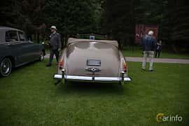 Back of Rolls-Royce Silver Cloud 2-door Convertible 6.2 V8 Automatic, 1962 at Rolls-Royce och Bentley, Norrviken Båstad 2019