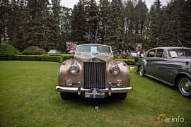 Front  of Rolls-Royce Silver Cloud 2-door Convertible 6.2 V8 Automatic, 1962 at Rolls-Royce och Bentley, Norrviken Båstad 2019
