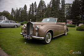 Front/Side  of Rolls-Royce Silver Cloud 2-door Convertible 6.2 V8 Automatic, 1962 at Rolls-Royce och Bentley, Norrviken Båstad 2019