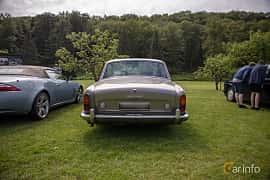Back of Rolls-Royce Silver Shadow 4-door 6.2 V8 Automatic, 178ps, 1969 at Rolls-Royce och Bentley, Norrviken Båstad 2019
