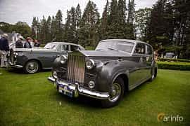 Front/Side  of Rolls-Royce Silver Wraith 4.3 Manual, 137ps, 1957 at Rolls-Royce och Bentley, Norrviken Båstad 2019
