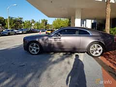 Side of Rolls-Royce Wraith Coupé 6.6 V12 Automatic, 632ps, 2014