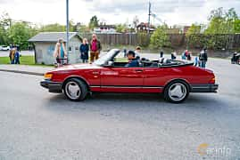 Side  of Saab 900 Convertible 2.0 Manual, 160ps, 1990 at Vårcruising Järna 2019