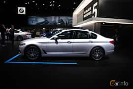 Sida av BMW 530e xDrive iPerformance Sedan 2.0 xDrive iPerformance Steptronic, 252ps, 2017 på North American International Auto Show 2017