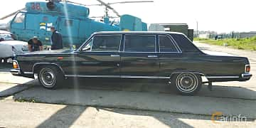 Side  of GAZ 14 Chaika 5.5 V8 Automatic, 220ps, 1988 at Old Car Land no.1 2019