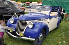 Fram/Sida av Skoda Popular 1100 OHV Convertible 1.1 Manual, 30ps, 1939 på Old Car Land no.1 2019
