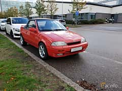 Fram/Sida av Suzuki Swift Convertible 1.3 Manual, 68ps, 1992
