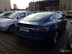 Back/Side of Tesla Model S 85D 85 kWh AWD Single Speed, 423ps, 2016