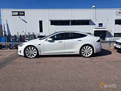 Side  of Tesla Model S 75D 75 kWh AWD Single Speed, 333ps, 2018