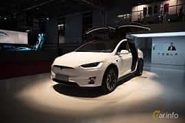 Fram/Sida av Tesla Model X 100D 100 kWh AWD Single Speed, 423ps, 2018 på Paris Motor Show 2018