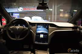 Interiör av Tesla Model X 100D 100 kWh AWD Single Speed, 423ps, 2018 på Paris Motor Show 2018