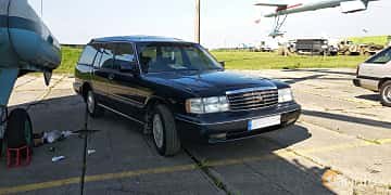 Front/Side  of Toyota Crown Wagon 2.5 Automatic, 180ps, 1995 at Old Car Land no.1 2019
