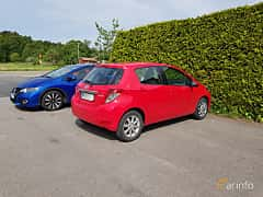 Back/Side of Toyota Yaris 5-door 1.0 VVT-i Manual, 5-speed, 69ps, 51kW, 2013