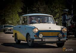 Front/Side  of Trabant 601 Limousine 0.6 Manual, 26ps, 1987 at Riksettanrallyt 2015