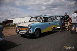 Front/Side  of Trabant 601 Limousine 0.6 Manual, 26ps, 1987 at Riksettanrallyt 2018