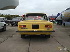 Back of VAZ VAZ-21011 1.3 Manual, 68ps, 1974 at Old Car Land no.2 2017