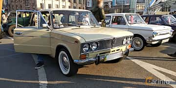 Front/Side of VAZ VAZ-2103 1.5 Manual, 76ps, 1976