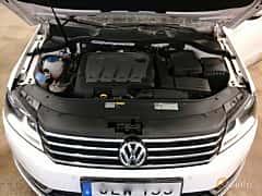 Närbild av Volkswagen Passat Variant 2.0 TDI BlueMotion Manual, 140ps, 2015