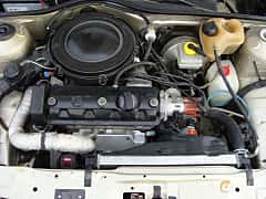 Engine compartment  of Volkswagen Polo Derby 1.3 Manual, 55ps, 1987