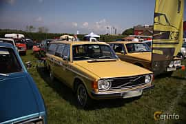 Front/Side  of Volvo 145 2.0 Manual, 100ps, 1973 at Tjolöholm Classic Motor 2018