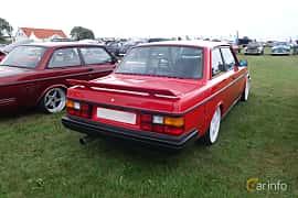 Bak/Sida av Volvo 242 2.1 Turbo Manual, 155ps, 1982 på Vallåkraträffen 2018