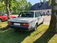 Back/Side of Volvo 244 2.3 Manual, 116ps, 1991 at Eddys bilträff Billesholm 2019 Tema Opel och Chevrolet